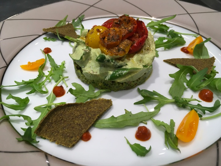 Tomato spinach tart raw