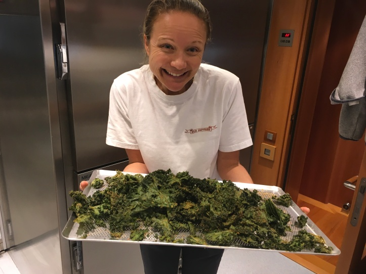Happy Kylie with her kale chips !