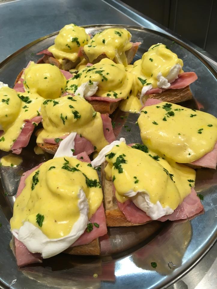 Smoko egg Benedict